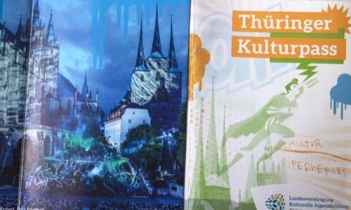 Thüringer Schülerinnen und Schüler sind bei der Hauptprobe des Erfurter Theaters am 9. August 2016 dabei, wenn .......... - Schulfuchs.de