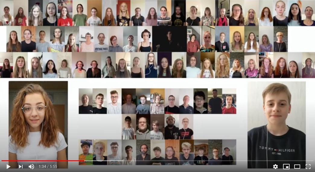 Future Voices singen im Youtube-Video - Schulfuchs.de